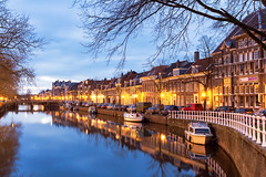 Nieuwe Gracht - Haarlem, The Netherlands (Dutchflavour) Tags: haarlem nederland netherlands gracht canal reflections cityscape citylandscape citycentre citylights night dusk bluehour water reling boats