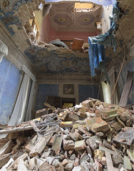 fallingFromTheSky (FoKus!) Tags: castello del duce urbex eu ue europe lost decay derelict abandon abandoned abbandonata italy italie italia explo exploration castle