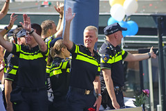 Gay Pride 2015 Amsterdam (Netherlands) (Meteorry) Tags: party holland netherlands amsterdam known freedom canal uniform europe fiesta centre nederland police august center personality parade rights lgbt prinsengracht gaypride fte waving festa paysbas centrum civilrights canalparade noordholland gracht canalpride politie 2015 spokesman meteorry amsterdampride bekendenederlander  amsterdamamstelland rozeinblauw ellielust pinkinblue