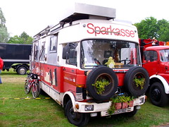 Mercedes-Benz 813 Camper (Zappadong) Tags: auto camping classic car automobile voiture coche mercedesbenz classics oldtimer caravan camper motorhome oldie carshow wohnmobil sparkasse youngtimer automobil 2015 bockhorn 813 oldtimertreffen zappadong sparkassenmobil
