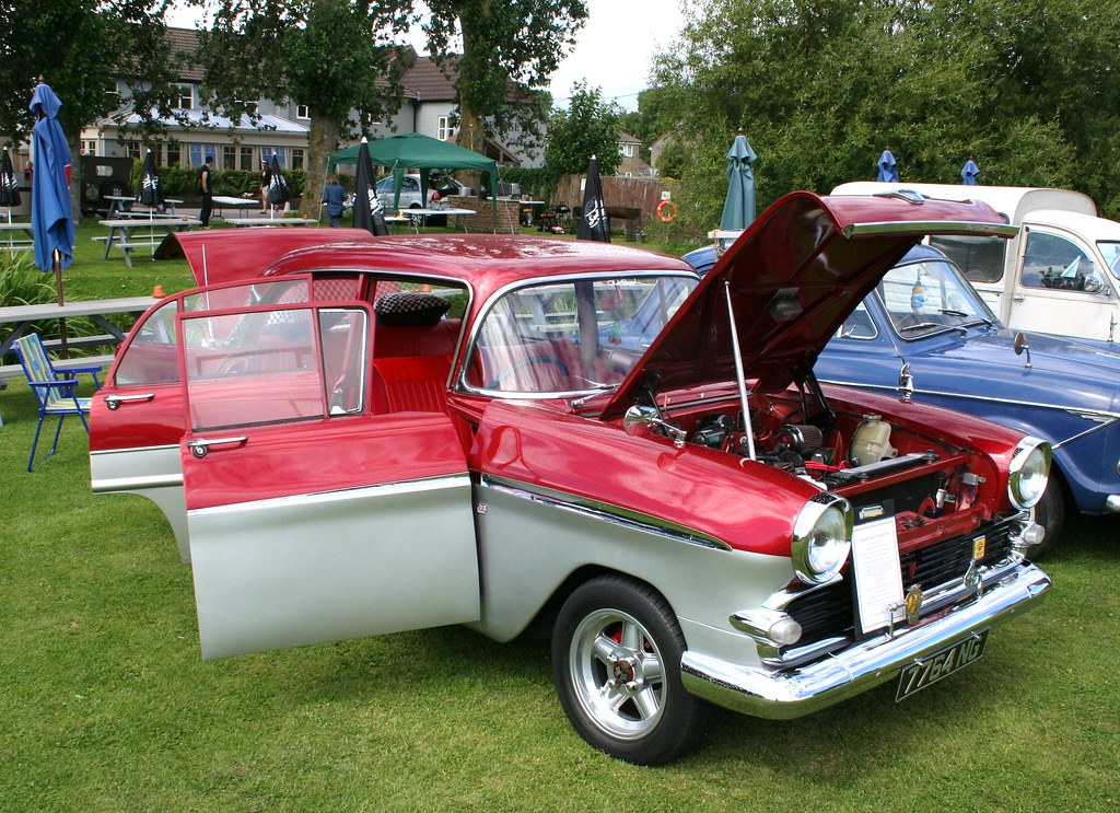 Longbridge Deverill Car Show