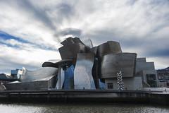 Bilbao. ¿Explosión nuclear sobre el Guggenheim?    [EXPLORED - 11/12/2016] (MiquelGP54) Tags: museoguggenheim bilbao euskadi fotografíaarquitectónica architecturalphotography