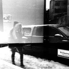 Etre dans le cadre... (woltarise) Tags: reflet voiture building espace femme sections montréal laurier station streetwise