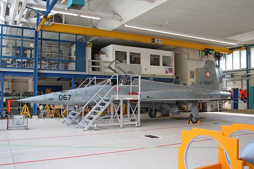 J3067_Northrop_F5E_TigerII_FlSt8_SwissAF_Meiringen20160427_1