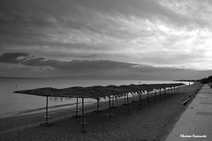 Kinetta (Eleanna Kounoupa) Tags: ελλάδα αττική greece attica kinetta κινέτα μαυρόασπρεσ bw blackwhitephotos blackandwhite beaches παραλίεσ θάλασσα sea sky clouds ουρανόσ σύννεφα ηλιοβασίλεμα ομπρέλεσ sunset umbrella