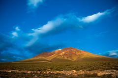 The Road to Chajnantor (josefrancisco.salgado) Tags: 2470mmf28g atacamadesert chile d5 desiertodeatacama nikkor nikon bluehour crepúsculo desert desierto evening montaña mountain twilight sanpedrodeatacama iiregióndeantofagasta cl