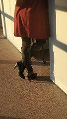 20170106_082629 (ph4eveh) Tags: black boots brown tights sexy legs woman candid
