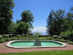 Fountain (pirate johnny) Tags: glensheen duluth mansion minnesota