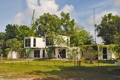 Rumah Kontainer (Ya, saya inBaliTimur (leaving)) Tags: building gedung architecture arsitektur office kantor bali denpasar