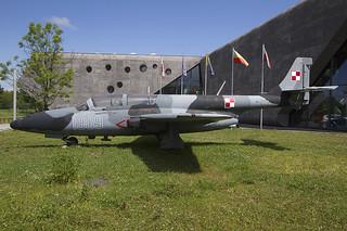 PZL-Mielec-TS-11-Iskra-1909-3H-1909-PolishAviationMuseum-1280