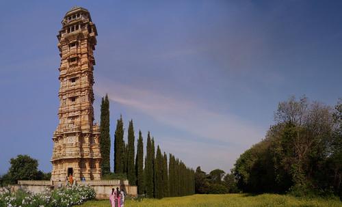 "Torres legendarias / Faros, minaretes, campanarios, rascacielos • <a style=""font-size:0.8em;"" href=""http://www.flickr.com/photos/30735181@N00/32411716991/"" target=""_blank"">View on Flickr</a>"