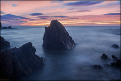 Rocas. (antoniocamero21) Tags: mar agua amanecer paisaje marina rocas cielo color foto sony rosamar canyet brava costa girona catalunya playa