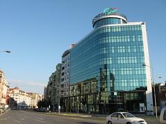 Novi Sad-Grbavica - Braće Ribnikar Street (Neotalax) Tags: novisad novisadgrbavica braceribnikarstreet vojvodina serbia ujvidek neusatz