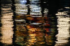 Reflektion Kaffeebörse (Elbmaedchen) Tags: wasserspiegelung reflektionen reflection spiegelbild spiegelung speicherstadt kaffeebörse fleet pickhuben glasbild