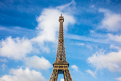 Paris: Eiffelturm (kevin.hackert) Tags: architektur eiffeltower eiffelturm eisenfachwerkturm fr france frankreich französisch gebäude hauptstadt latoureiffel paris weltausstellung îledefrance