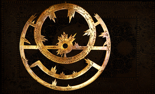 "Astrolabios, ubicantes de estrellas guía • <a style=""font-size:0.8em;"" href=""http://www.flickr.com/photos/30735181@N00/32230768980/"" target=""_blank"">View on Flickr</a>"