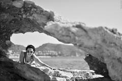 Gemma. (Carlos Arriero) Tags: gemma marconatural retrato portrait blackandwhite blancoynegro carlosarriero nikon d800e moraira alicante españa spain dof bokeh girl chica guapa beauty mujer woman pretty composición composition monochrome nikkor f16 50mm noiretblanc bw
