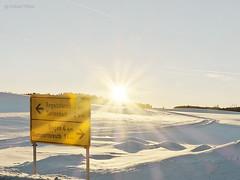 Just before sunset (GerWi) Tags: sunset sonnenuntergang schneewüste snowdessert dessert wüste schnee snow ortsschild outdoor