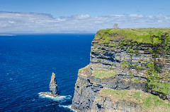 Ireland - Cliffs of Moher (viaggiatore16) Tags: ireland irland cliffs countyclare ie cliffsofmoher sea seascape travel travelphotography traveling travelphoto landscape landscapephoto landscapephotography nikon