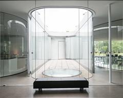 sanaa-glass-pavilion-2014-3753.jpg (samuel ludwig) Tags: ohio architecture published toledo oh sanaa toledomuseumofart 20012006 glasspavilion kazuyosejimaryuenishizawa