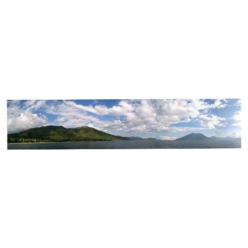 Selamat siang dr sudut pemandangan di tengah laut alor, pura dan pantar terlihat begitu mempesona... Msh terbayang2 keindahan bawah lautnya...     #alor #ternate-alor #pantar #ntt #indonesia #ig_nesia #beach #island #tripCus #tripSeru #tripTrus #instagram