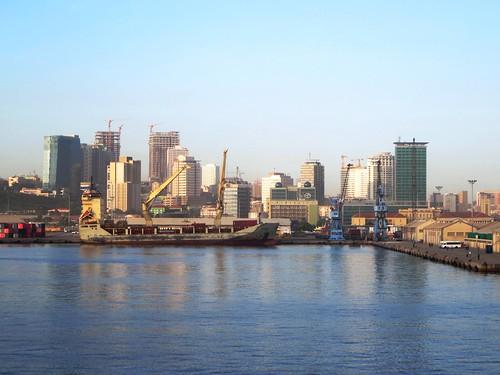 Porto de Luanda