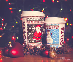 A Very Costa Christmas (Ashey1209) Tags: christmas christmasdecorations costa coffee hot chocolate hotchocolate drink beverage merrychristmas lights bokeh baubles love heart acorns cups takeaway flashing red green festive santa snowman fatherchristmas santaclaus stnick