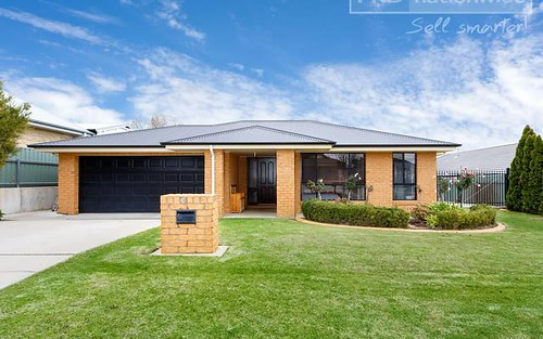 3 Teak Close, Forest Hill NSW 2651