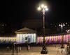 Gioco di colori, persone (e animali) a Piazza del Plebiscito - Napoli (Mario Bossa) Tags: italia italy napoli naples piazzadelplebiscito luci lights colonnato colonnade sfrancescodipaola colori colours notturno nightly lampione streetlamp