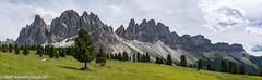 Dolomitenpanorama aufgenommen von der Geisleralm aus - (klausmoseleit) Tags: bäume pflanzen sommer landschaft orte südtirol himmel jahreszeit berge alpen panorama villnösstal wolken wiese funes trentinoaltoadige italien it