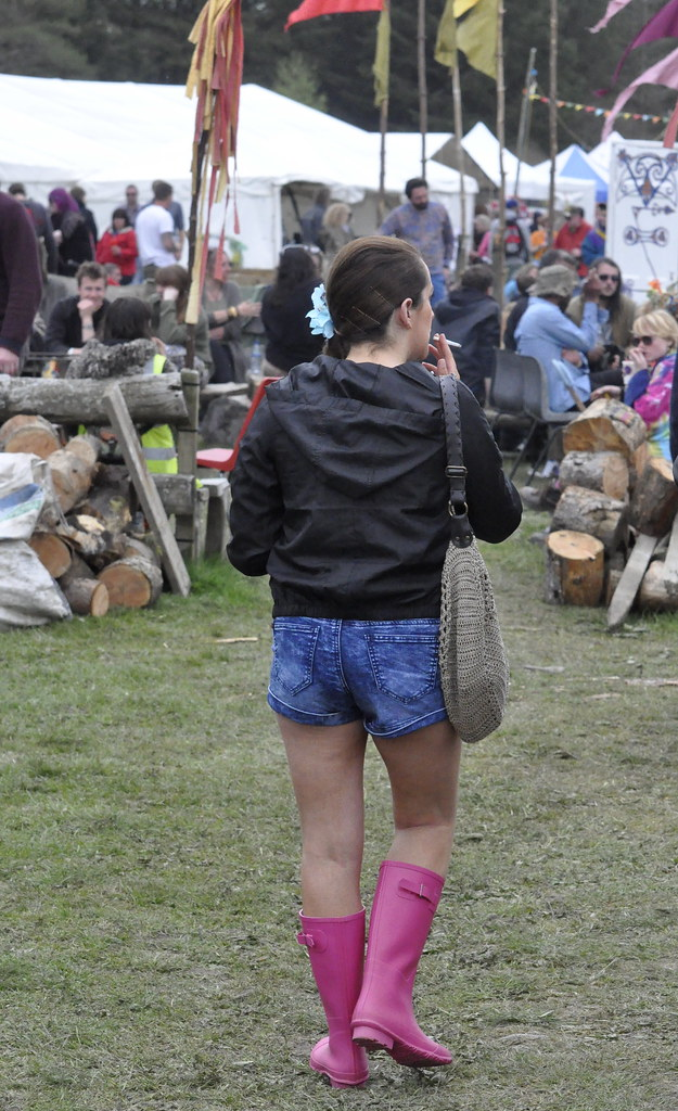 The World S Best Photos Of Barefoot And Wellies Flickr