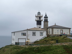 San Cibrao (San Ciprin, Punta Atalaya) both (farowright70) Tags: ocean light sea espaa lighthouse tower water canon ian faro coast spain san waves galicia spanish punta guide farol fin beacon phare hazard atalaya fyr leuchtturm sentinel faros ianwright fyret   fyrtrn  majakka goleudy ciprin cibrao   sanciprin sancibrao sancibraosanciprin finwright puntaatalaya finwrightphotographycouk vuurtor mercu suar  deniz feneri sancibraosanciprinpuntaatalaya