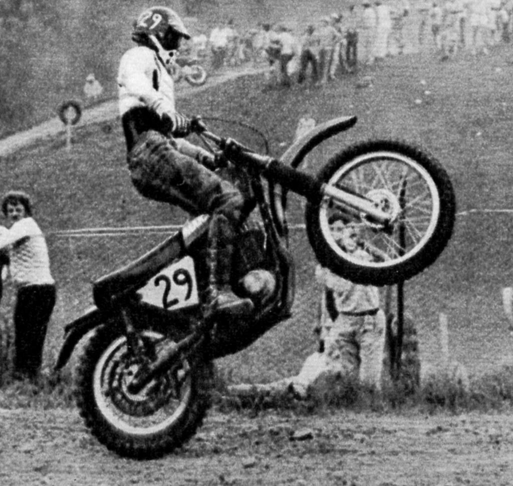 b98cf0652c997 Angiolini Alberto (motocross anni 70) Tags  albertoangiolini motocross  motocrosspiemonteseanni70 recoaro maico 1971