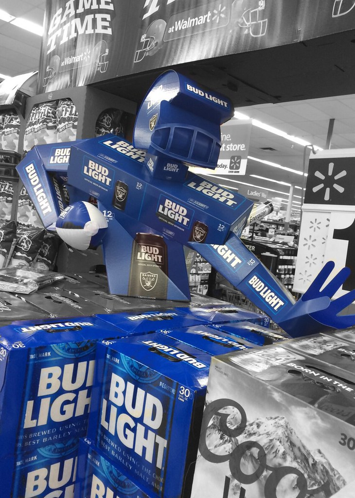 BUD LIGHT Beer, Block A Coors Player. (Brave Heart) Tags: Display