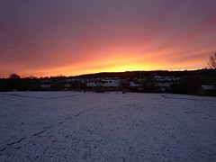 Sunrise over a snowy Tring (edwardsgt) Tags: sony z5 tring sunrise snow
