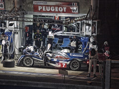 LM2011 No7 Driver Change Peugeot AD & AW - P6122605 (Welsh Scrum Half) Tags: lemans lemans24heures olympuse3 motorsport peugeot carracing endurance enduranceracing peugeot908hdi sportscarracing racingcars throughthenight prototype sportsprototype