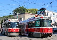 2015-06-26, Toronto, College Street & Spadina Avenue (Fototak) Tags: toronto ontario canada ttc tram streetcar strassenbahn 4068 4147 clrv ligne506