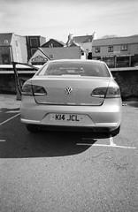 Volkswagen Passat (Ilford XP2 Super 400 27) (AngusInShetland) Tags: blackandwhite bw 35mm volkswagen xp2 passat ilford xp2super400 canoscan5600f ilfordsingleuse volskwagenpassat