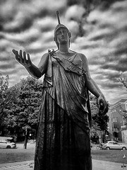 Anglų lietuvių žodynas. Žodis Athena reiškia mit. Atėnė lietuviškai.