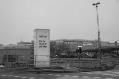 Löfte/Promise (Rudi Pauwels) Tags: lofte fotosondag fs170122 göteborg gothenburg sverige sweden schweden building future outside bw blackwhite centralomradet tamron 18270mm tamron18270mm nikon d7100 nikond7100 blackandwhite monochrome outdoor
