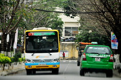 Not much room (Roving I) Tags: buses danabus publictransport services taxis cabs street mailinh trees danang vietnam