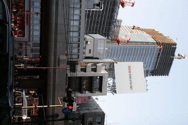 建設中の高層ビル