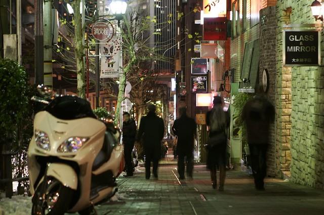 夜中の歩道