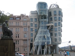 """frank gehry's """"tancici dum"""" (dancing building) (@stills) Tags: travel architecture prague praha gehry czechrepublic frankgehry dancingbuilding tancicidum"""