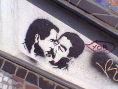 Bush and Saddam, Brick Lane London (holloway steve) Tags: nokia 6230 phone pics bush saddam kissing georgew