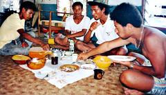 Monster Feed (Mangiwau) Tags: fish lunch coast feeding png papuanewguinea papua hagen frenzy aroma portmoresby rabaul wau madang goroka pacifique lae guinee oceanie alotau morobe papouasie papouasienouvelleguinee paramana nouvelleguinee