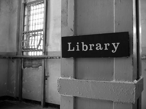 Bibliothèque de prison / Prison library