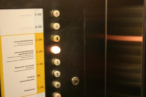 UB elevator