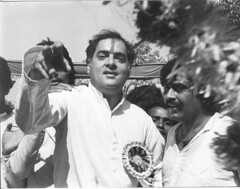 Rajiv Gandhi In Dharavi (Raju Bist) Tags: bombay bw