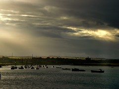 Double lighting (Ray Byrne) Tags: uk sea england castle water marina river boats evening coast north estuary northumberland northern northeast warkworthcastle amble rivercoquet raybyrne byrneout byrneoutcouk webnorthcouk